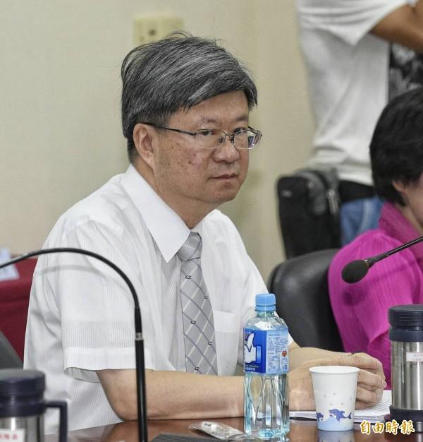 教育部長吳思華今天赴中常會進行「課綱微調爭議及後續處理情形」專題報告。(記者陳志曲攝)