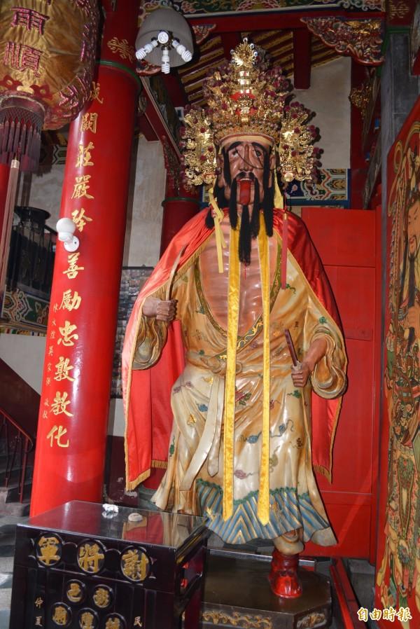 彰化市城隍廟的神明「謝將軍」專門懲奸鋤惡。(記者湯世名攝)
