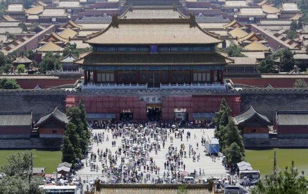 中國北京在今日進入閱兵時區,屆時北京的安全管制將會變得更加嚴格。圖為北京故宮。(路透)