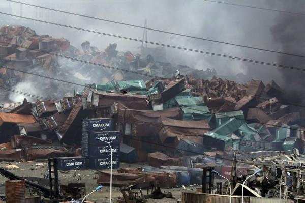 天津大爆炸事件,炸出了中國政商關係導致的問題,政治上的瀆職以及猖獗的安全違規行為在這場爆炸中扮演了顯著的角色。(路透社)