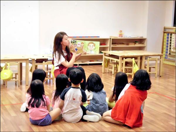 幼兒園的統整教學,可以協助孩子探索、學習。照片與新聞內容無關。(教育局提供)