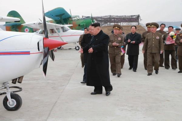 美國才剛呼籲勿挑釁,北韓隨即宣布進入備戰狀態。(路透)