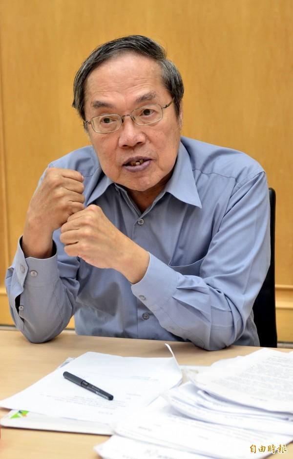 陳芳明認為,國、共雙方史觀都不能解釋台灣人的歷史經驗,也不能因為批判日本殖民,自己就要接受中國史觀。(資料照,記者陳奕全攝)