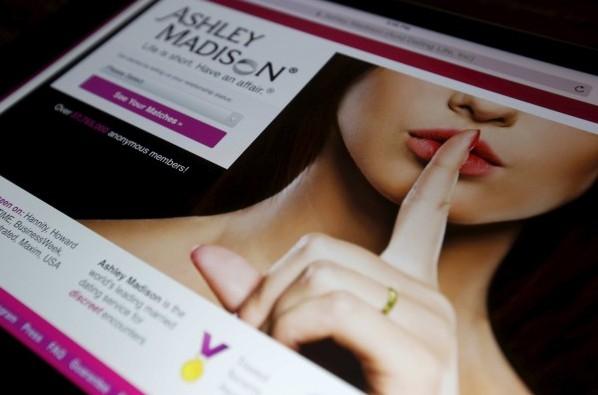 美國知名偷情網站「Ashley Madison」遭駭客入侵,並把該網站的3700萬用戶會個資全數公開。(路透社)