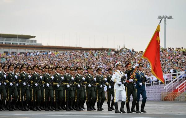 圖為中國閱兵預演。(路透資料照)