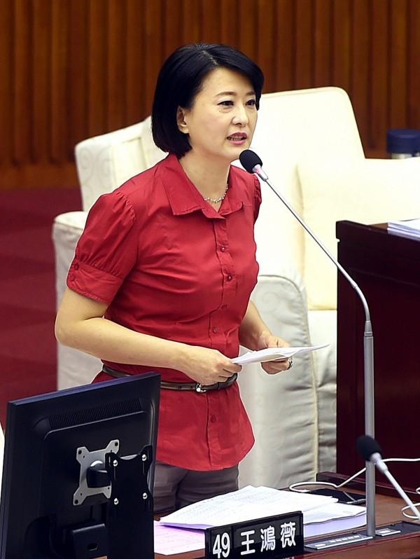 北市議員王鴻薇成為新任洪辦發言人,但不少網友則批評洪營的發言人團隊人多但質卻不精。(資料照,記者方賓照攝)