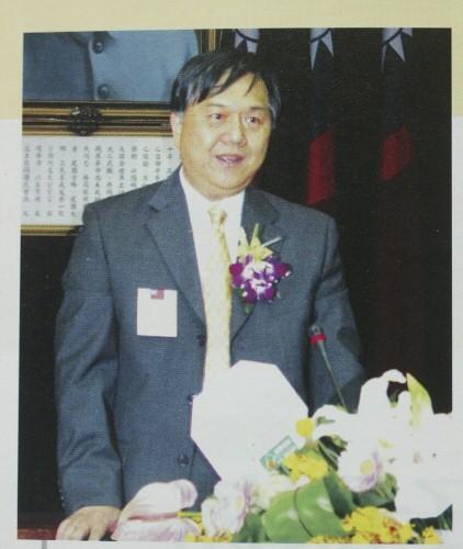 蒙特梭利啟蒙研究基金會前董事長林文昌,被控遭解除基金會董事長職務後,還涉嫌以基金會名義,偽簽58張支票、開班授課並頒發結業證書。(圖擷取自網路)