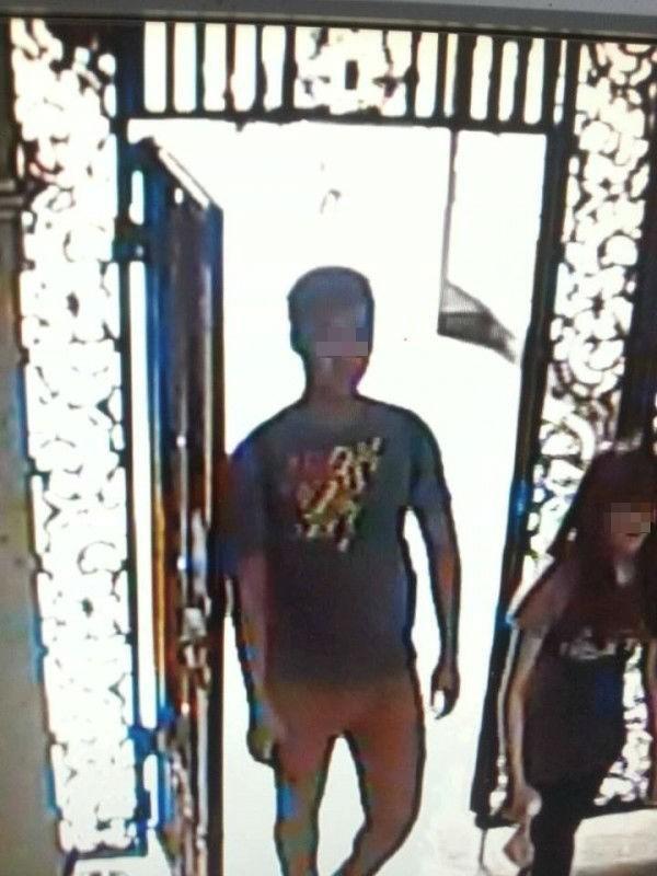 少女家人事發時在網路上公開陳男(左)帶走少女的監視器畫面。(資料照,記者李忠憲翻攝)