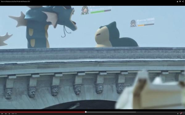 玩家可以隨時在街頭互相派出自己的神奇寶貝對戰。(圖擷取自YouTube)