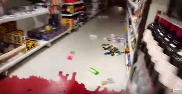 紅酒掉落地面碎裂,紅酒噴灑得到處都是。(圖擷取自youtube)