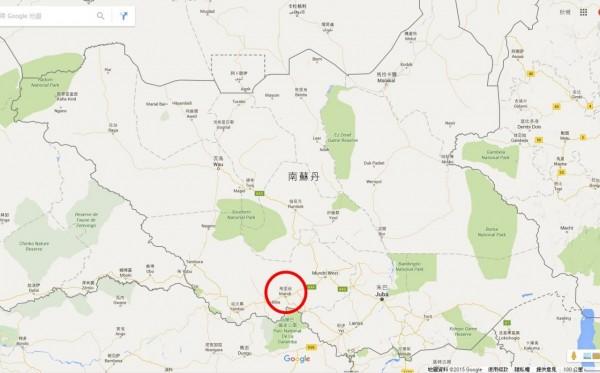 南蘇丹一輛從首都朱巴(Juba)駛向西部西赤道州(West Equatoria)的油罐車偏離路面,引來民眾收集燃料,卻不幸發生爆炸。(圖擷取自Google Map)