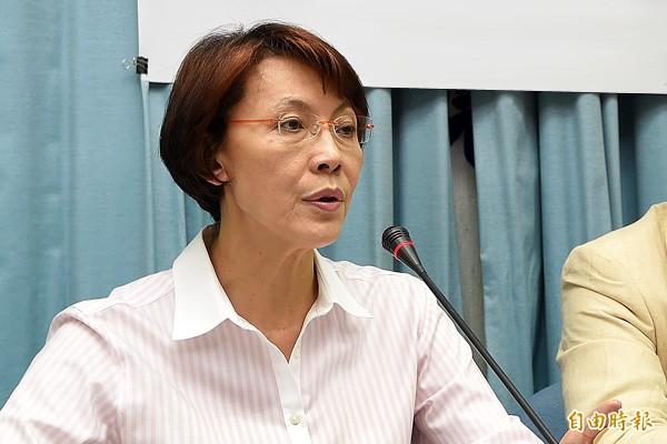 現任立委黃昭順原被徵召連任高雄市第三選區立委,卻宣布因私人因素棄選。(資料照)