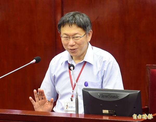 柯文哲日前公佈省下66億元的數據,今天被台北市議員王世堅踢爆,是「市府每年例行性還債」。(資料照,記者方賓照攝)