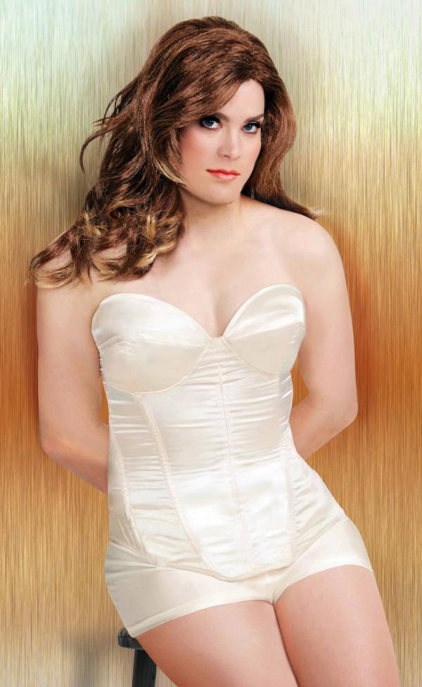 凱特琳·詹納在今年6月登上美國生活雜誌封面,昨日洛杉磯高等法院認定她能夠合法變更性別和姓名。(美聯社)