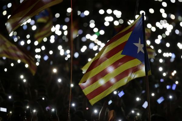 西班牙加泰隆尼亞自治區(Catalonia)即將舉行議會改選,聚焦獨立議題,外媒分析加泰隆尼亞為何對西班牙如此重要。(彭博社)