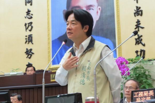賴清德首度在議會公開宣示,「我主張台灣獨立!」(記者蔡文居攝)