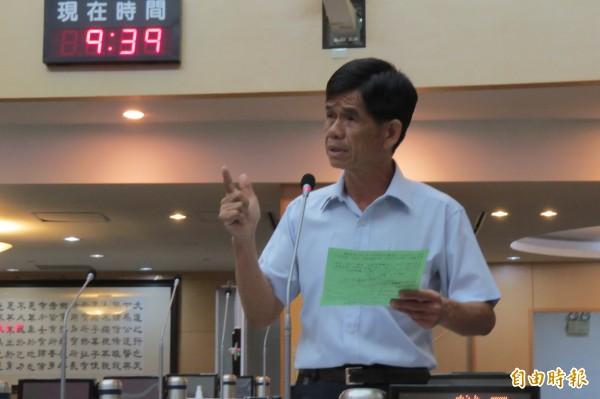 市議員李文正說,台灣獨立已是事實。(記者蔡文居攝)