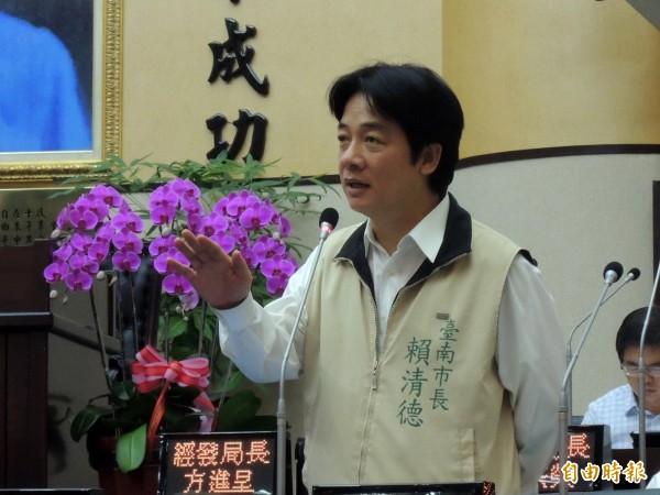 賴清德說,他的說法和蔡英文的維持現狀說,都未超出民進黨「台灣前途決議文」的內容。(記者蔡文居攝)