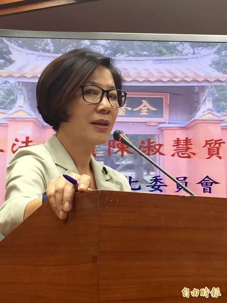 陳淑慧受訪表示,文化部補助一向很難拿,規定也很嚴格。(記者蘇芳禾攝)