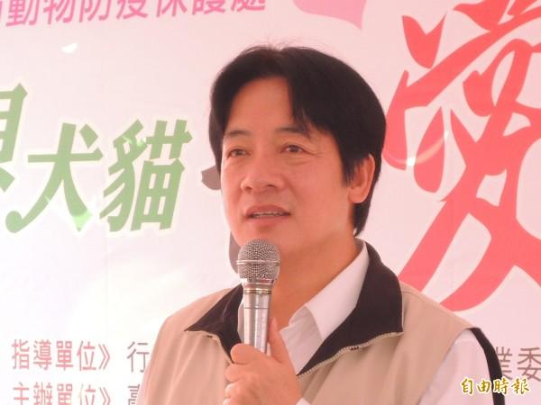 「台灣是一個主權獨立國家,名字叫中華民國」,台南市長賴清德回應媒體詢問雙十國慶話題時,作上述表示。(記者洪瑞琴攝)