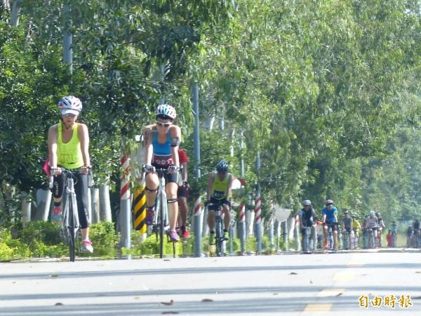 如果規畫得宜,選手認為金門是個騎車的好地方。(記者吳正庭攝)