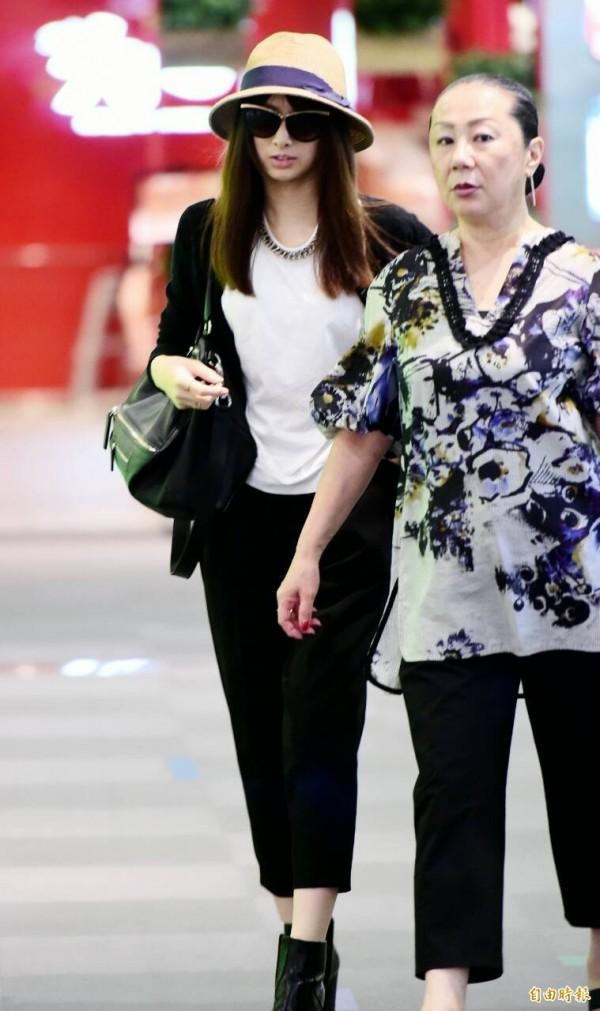 正妹的體重比起平均體重要瘦的多。圖為日本女星北川景子。(影藝中心攝影組攝)