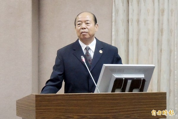新任國安局長楊國強今天激動表示,犯叛國罪的人都應該判死刑。(記者羅添斌攝)