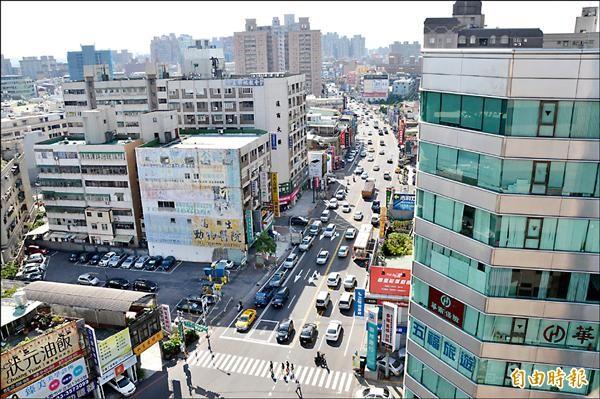 針對省道台一線更名為桃園大道,市府將展開意願調查。(記者謝武雄攝)
