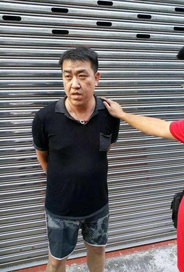 警方昨將通緝中的吳男查緝到案。(記者許國楨翻攝)