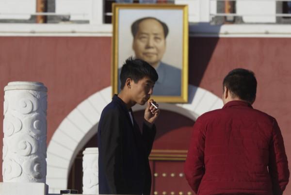 一份研究報告發現,中國年輕男性中,每3人就有1人因為吸菸而早死。<b>☆自由電子報關心您,吸菸有害健康☆</b>。(美聯社)