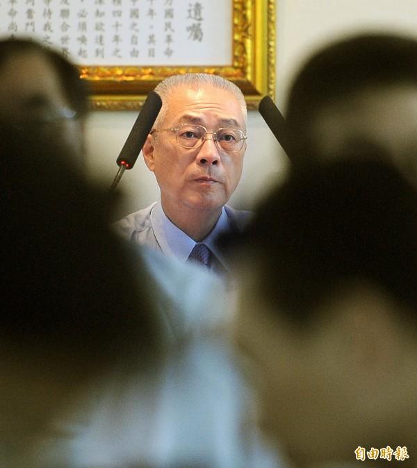 立委參選人王定宇指出,副總統吳敦義還沒有放棄成為總統候選人,最後人選仍需總統馬英九拍板定案。(資料照、記者方賓照攝)