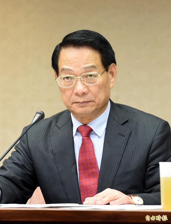 國民黨立委呂學樟今日接受媒體採訪,解釋昨日的失言爭議。(資料照,記者羅沛德攝)