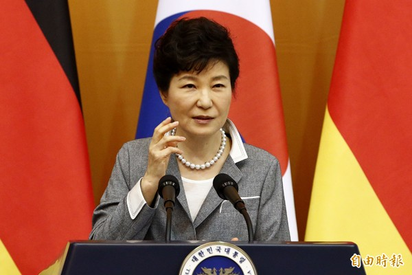 朴槿惠將利用新版教科書箝制異議,漂白朴正熙等舊保守菁英的遺緒。(法新社資料照)