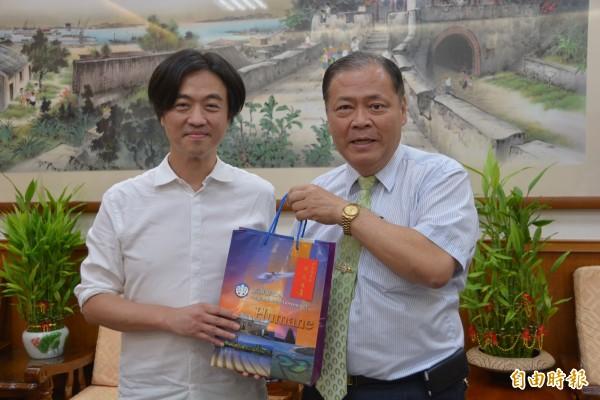 澎湖縣長陳光復對於小無双成功計畫,表示肯定及讚許。(記者劉禹慶攝)