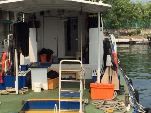 高雄港務公司傳出潛水隊員詐領職務加給,涉案7位潛水員訊後交保。(記者黃佳琳翻攝)