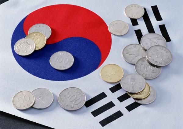 南韓媒體報導,根據調查結果,今年大專畢業生月薪起薪為258.4萬韓元(約8萬元新台幣)。(資料照)