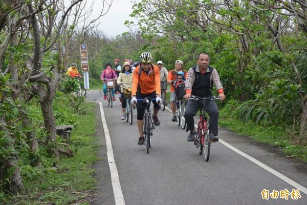 壯圍濱海自行車道景色怡人,風管處要打造成單車新樂園。(記者游明金攝)
