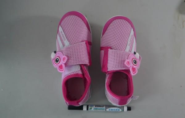 幼童專用延展鞋獲得金牌。(圖由台灣代表團提供)