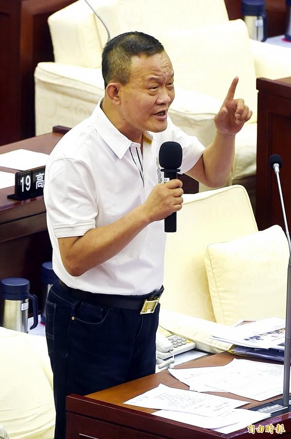 台北市長柯文哲上任一直傳出市府人員離職潮,但台北市議員林瑞圖今下午議會市政總質詢更指市府爆人才荒。(資料照,記者方賓照攝)