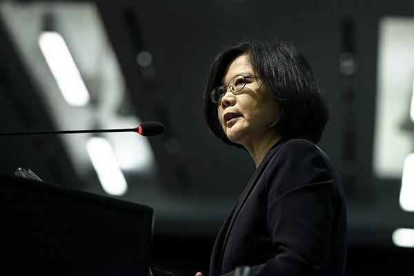 蔡英文提出三項訴求:維持台灣民主自由現狀、不設政治前提,以及維持雙方對等尊嚴。(資料照,法新社)