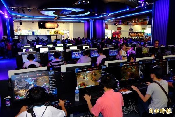 台灣電競產業漸發達,全球知名遊戲廠商暴雪(Blizzard Entertainment)積極布局。(資料照,記者陳炳宏攝)