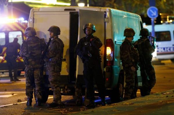 法國首都巴黎昨天發生史上最嚴重恐怖攻擊,奪走至少150性命。(歐新社)