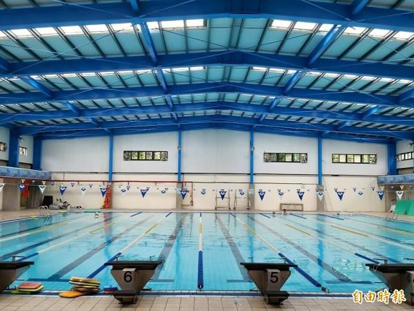 桃園高中游泳池發生偷拍事件。(記者林近攝)
