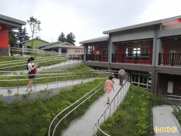 樟湖國中小學校園。(資料照,記者黃淑莉攝)