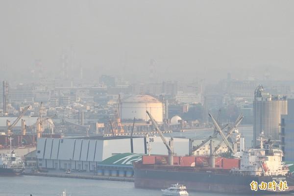 中南部空污日益嚴重。(記者黃志源攝)