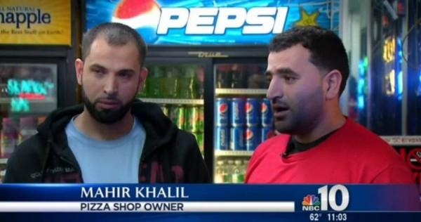 卡利爾(右)與他的朋友伊亞德(左),18日要從芝加哥搭機返回費城時,竟被地勤人員攔截,因為有乘客指出他們說阿拉伯語,「不敢和他們搭同一班飛機」。(圖擷取自NBC)