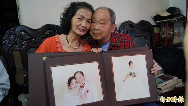 王隆盛與王林寶珠結婚52年,兩人經常攜手爬山,維持好感情。(記者張安蕎攝)