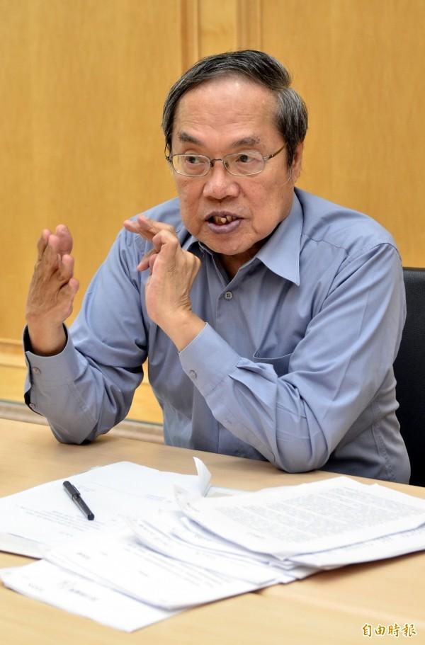 陳芳明在臉書上表示:「反觀國民黨的不分區,完全暴露了這個年老政黨的千瘡百孔。」 (資料照,記者陳奕全攝)