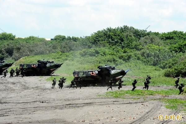 AAV-7兩棲突擊車。(資料照,記者張忠義攝)