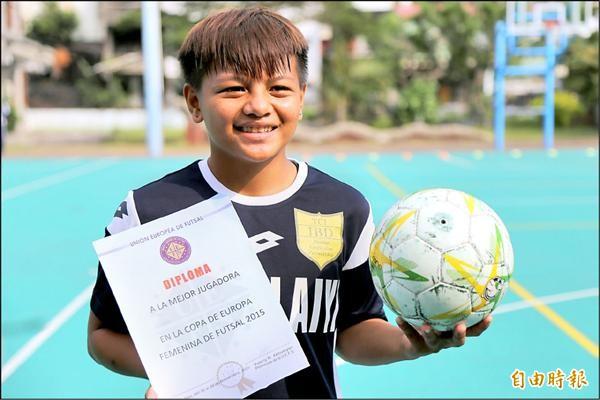 黃玉慈獲選歐洲盃5人制足球賽MVP。(記者邱芷柔攝)